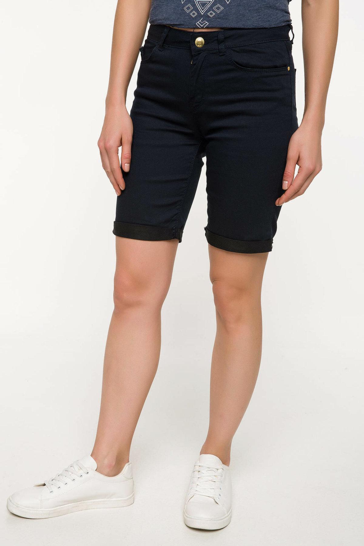DeFacto Fashion Skinny Pink Casual Mid-waist Shorts Woman Summer Breathable Woven Bottom Short PantsBermuda I4257AZ18SMPN141-I4257AZ18SM