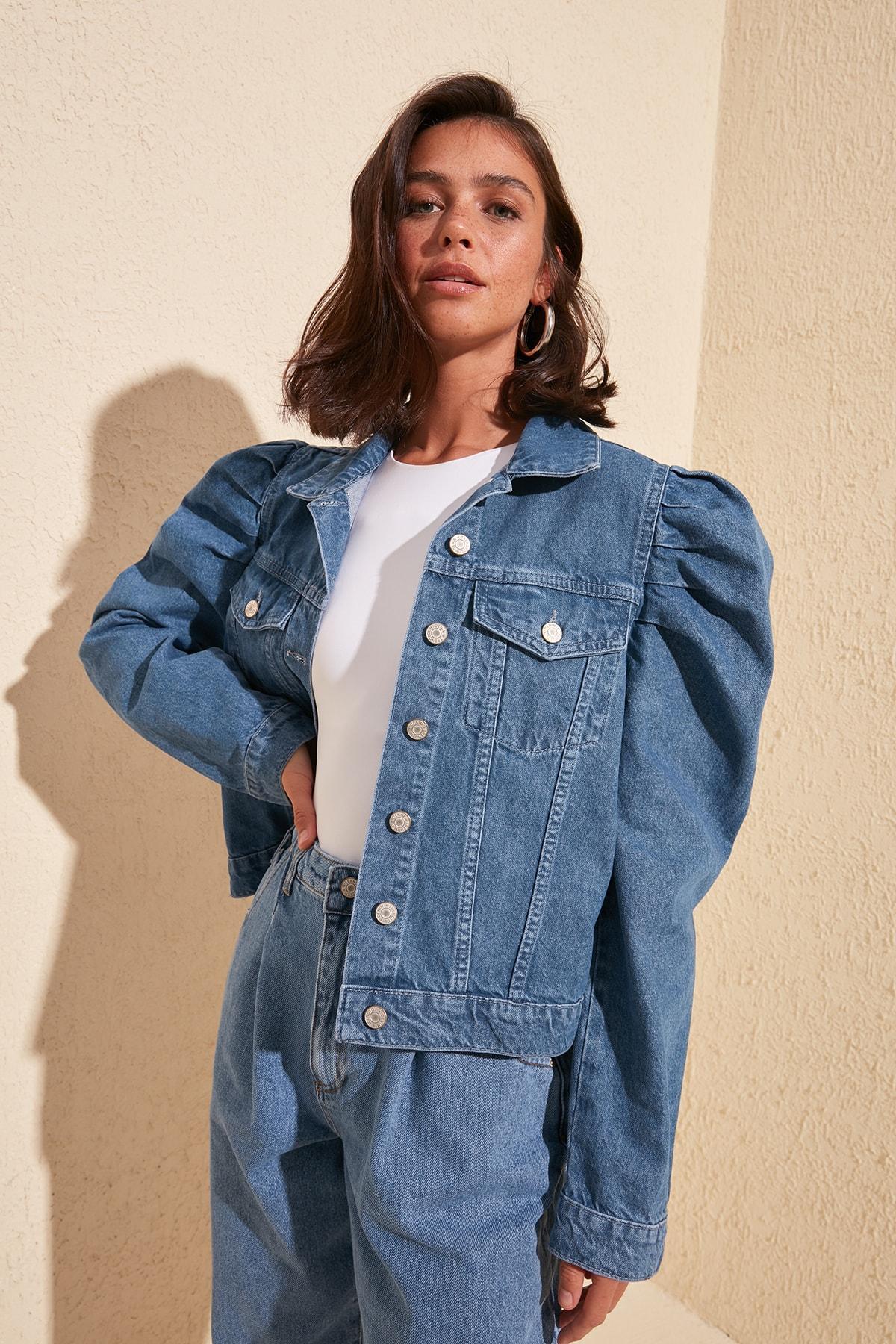 Trendyol Handle Shir Detailed Denim Jacket TWOSS20CE0154