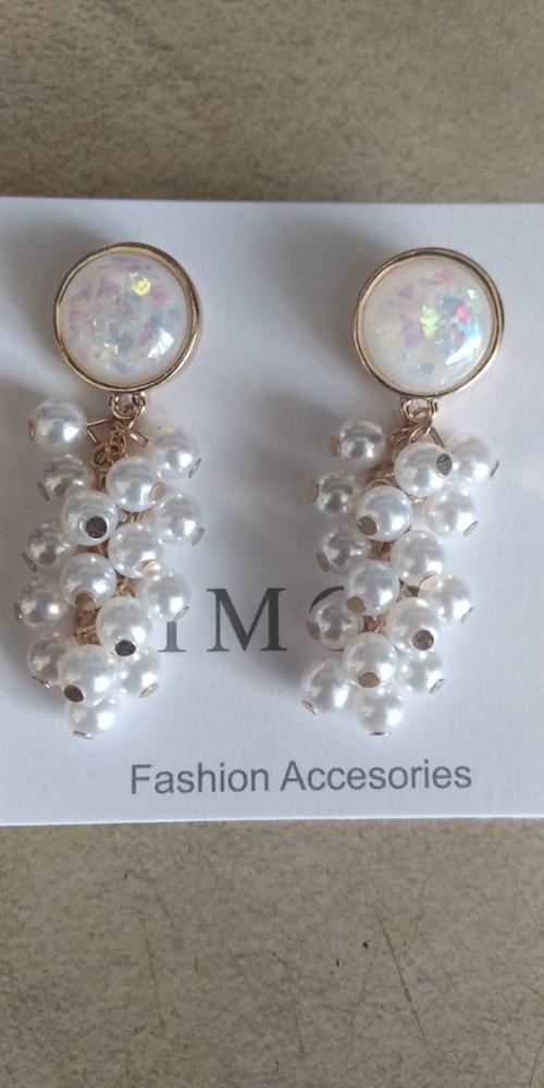 Round Pearl Earrings