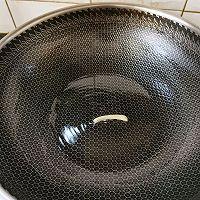嫩莴苣炒肉片的做法图解3