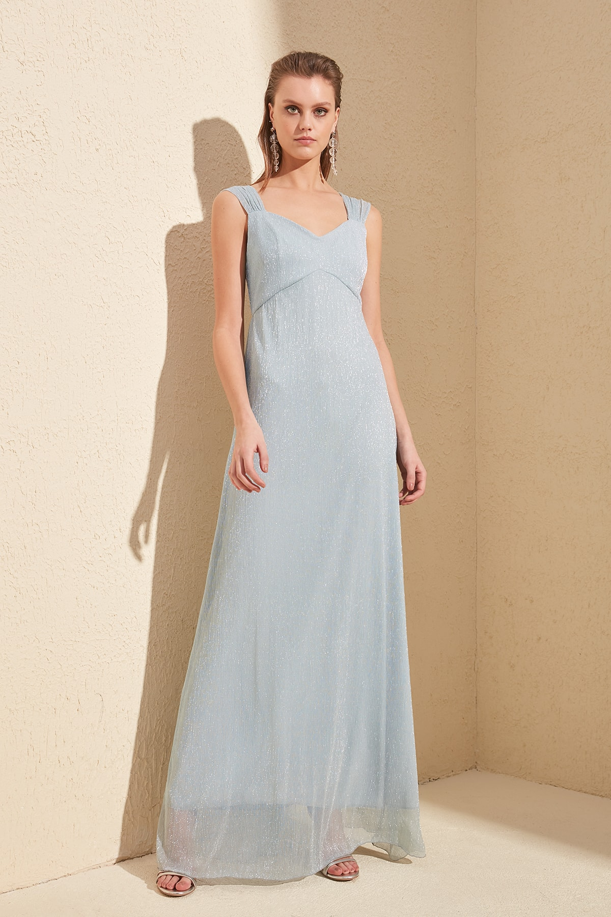 Trendyol Back Detail Evening Dress & Prom Gown TPRSS20AE0065