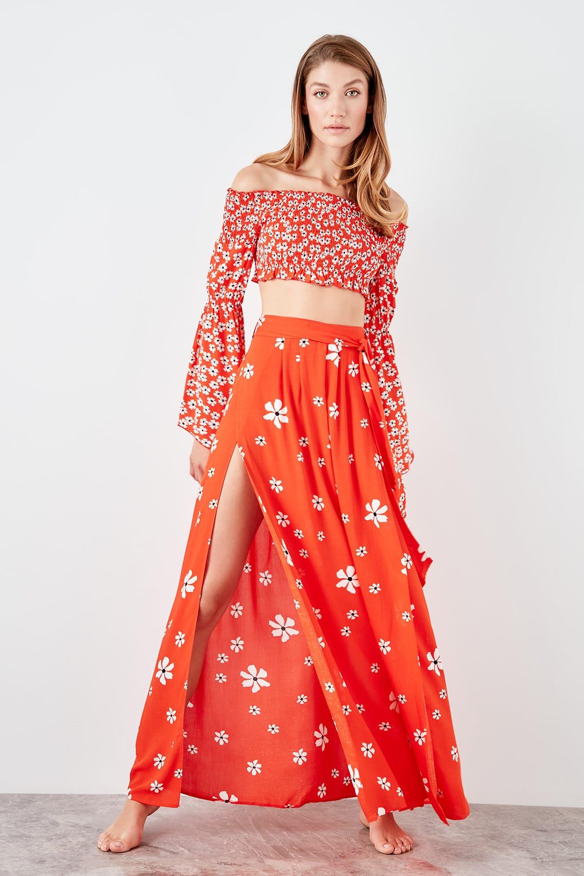 Trendyol Slash Detailed Skirt TBESS19BB0084