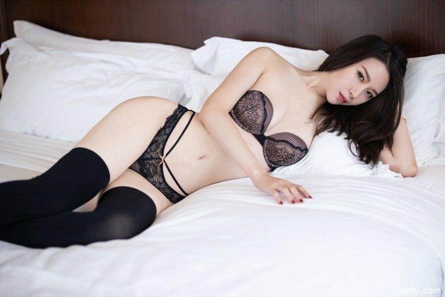 撸管佳作 高挑美人梦心月极品翘臀紧致十足
