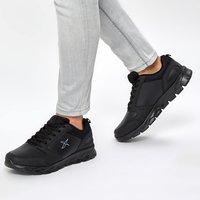 FLO OKA PU 9PR Black Men 'S Running Shoe KINETIX Hiking Shoes    -