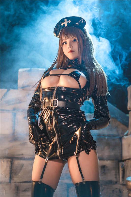 蜜汁猫裘 - 黑暗护士[52P/0.99G]