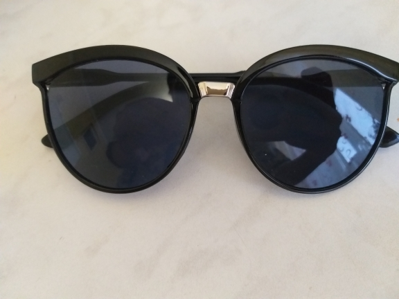 COOYOUNG Sexy Cat Eye Mirror Coating Sunglasses for Women photo review