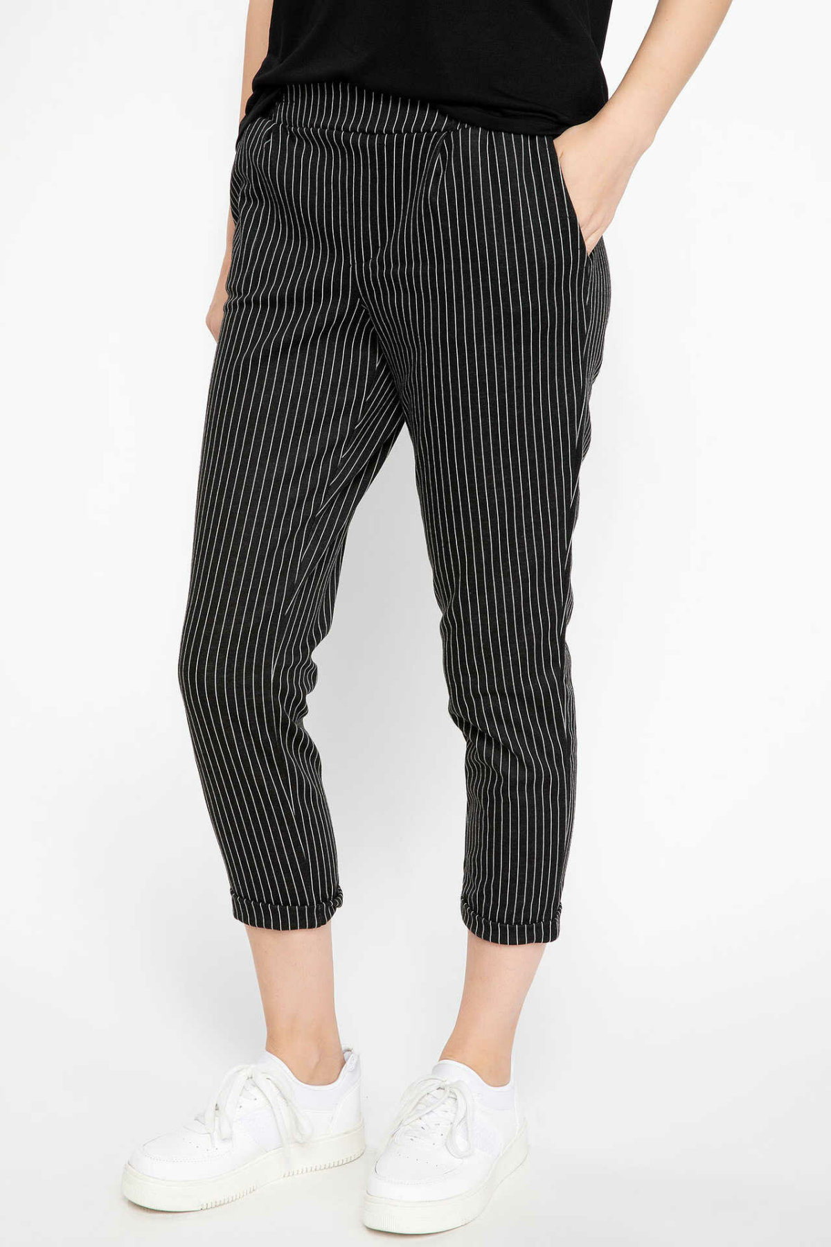 DeFacto Woman Casual Three Quarter Pants Black Striped Cargo Pants Women Mid-waist Bottoms Trousers-H7497AZ18AU