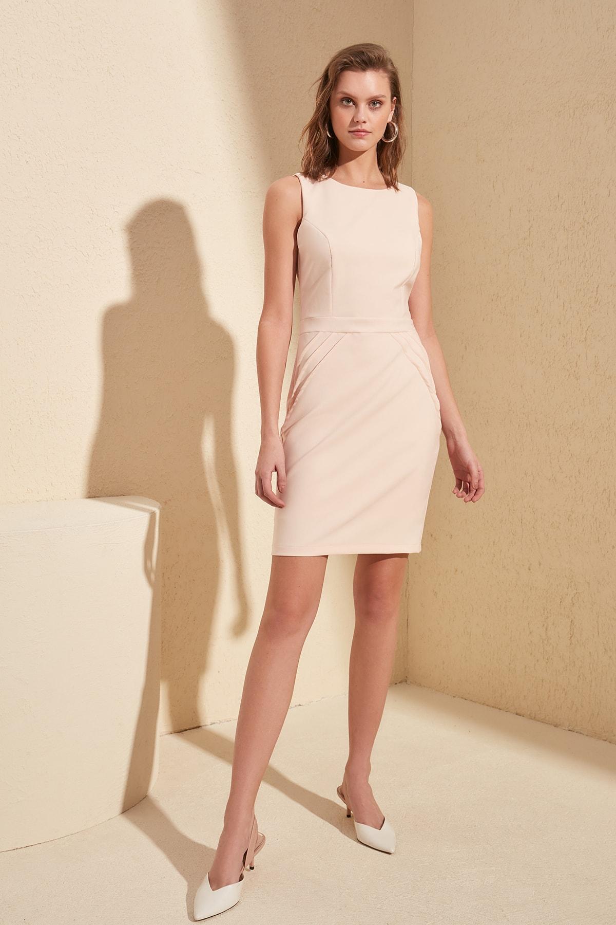Trendyol Basic Dress TWOSS20EL0989