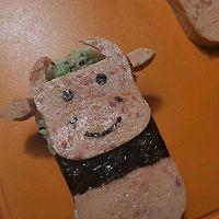 牛牛午餐肉饭团的做法图解7