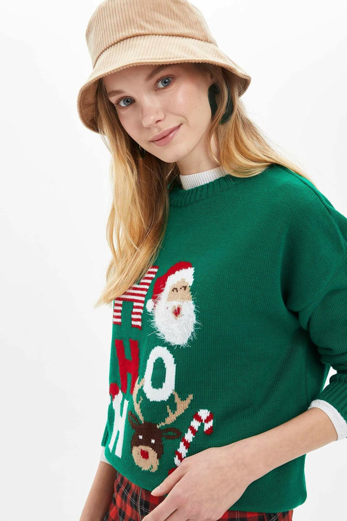 DeFacto Christmas Tops Woman O-neck Knitted Pullover Ladies Casual Lovely Pattern Sweatshirt Autumn New - M2866AZ19WN