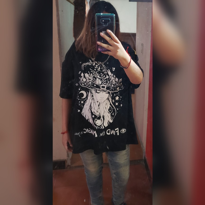 Oversized T-shirts with Gothic Print and chain photo review