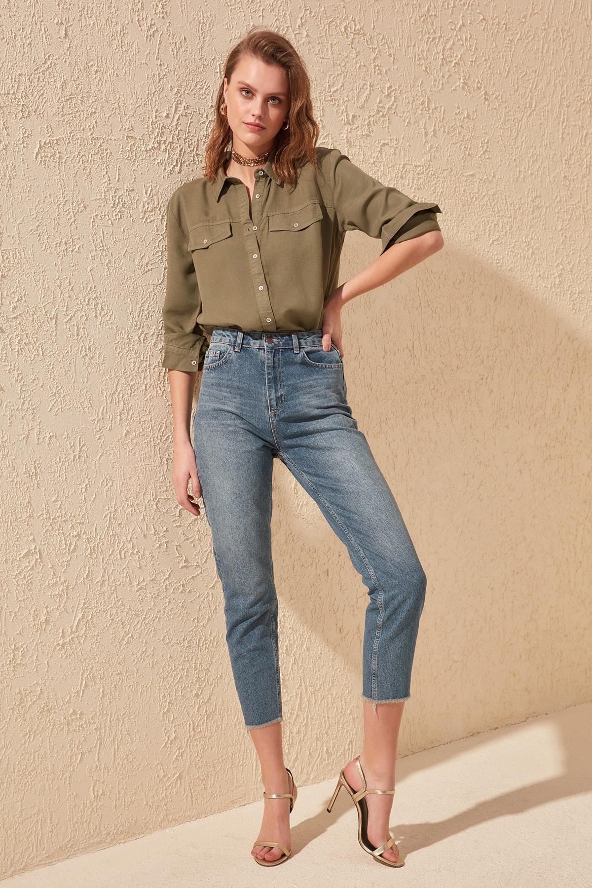 Trendyol High Bel Mom Jeans TWOSS20JE0071
