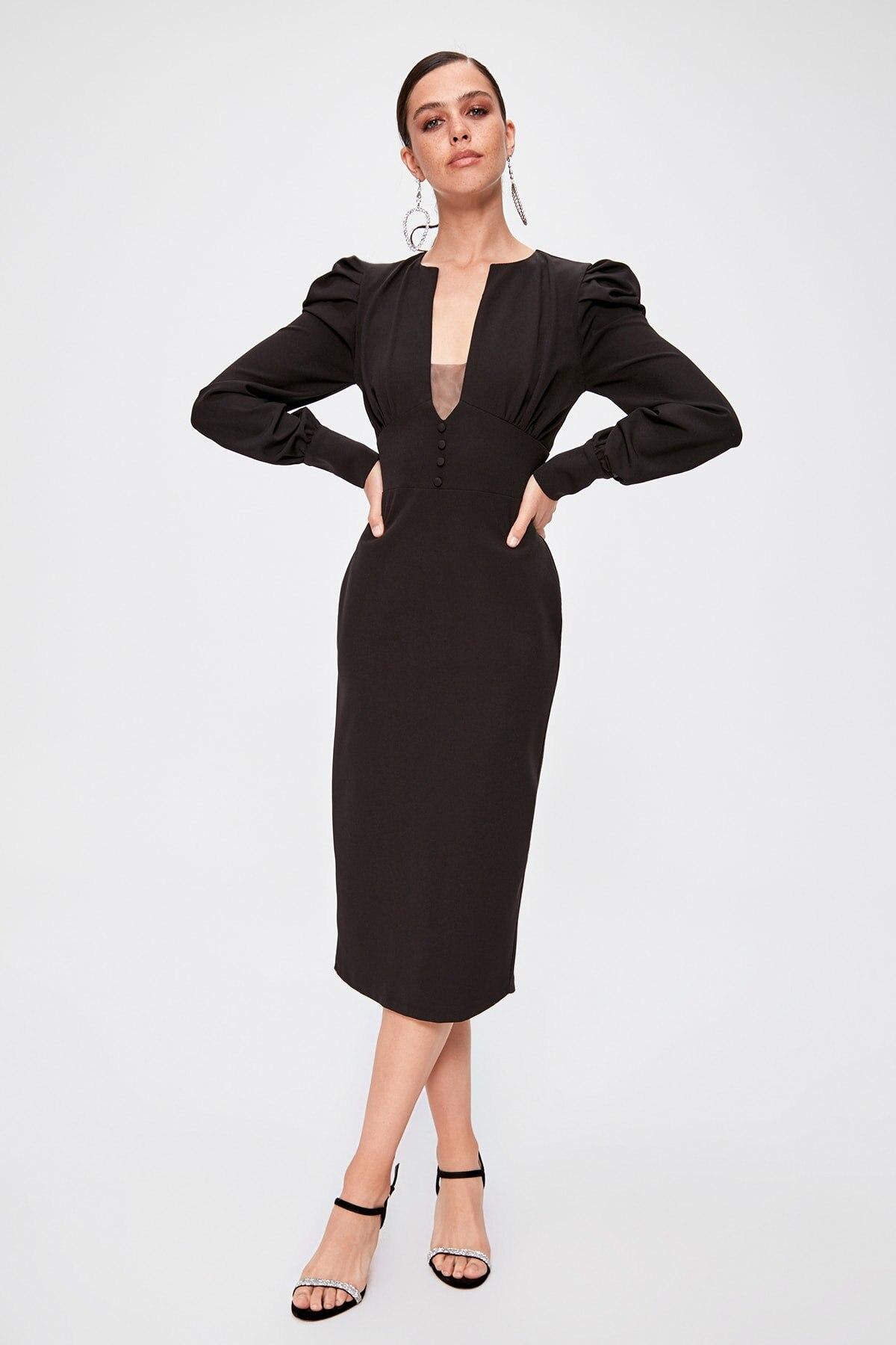 Trendyol Collar Low-Cut Dress TPRAW20EL0903