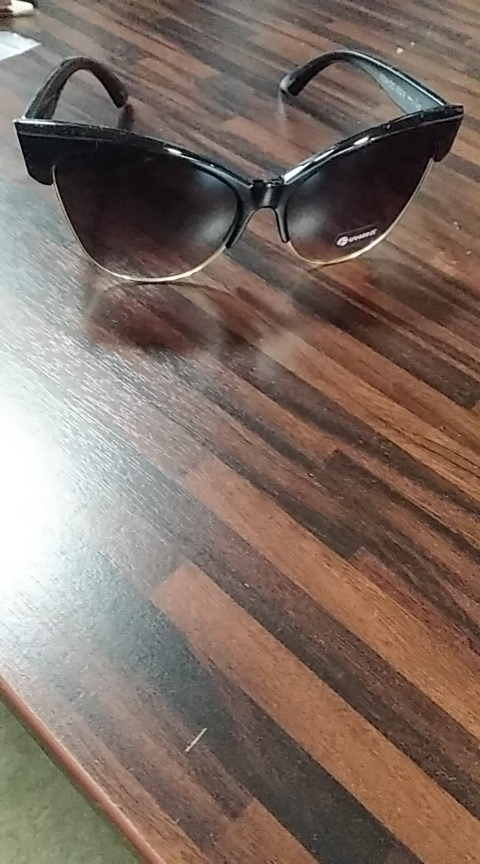 משקפי שמש לאישה דגם 1654 photo review