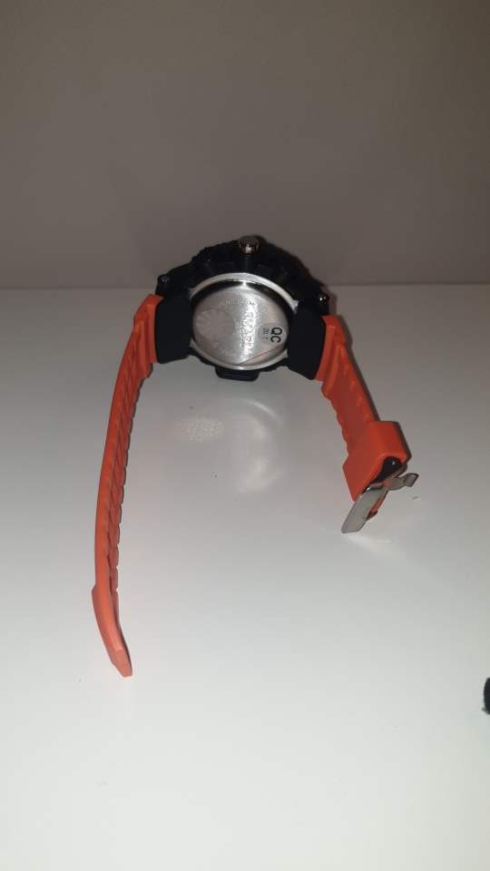 שעון צלילה מהמם 30M לגבר photo review