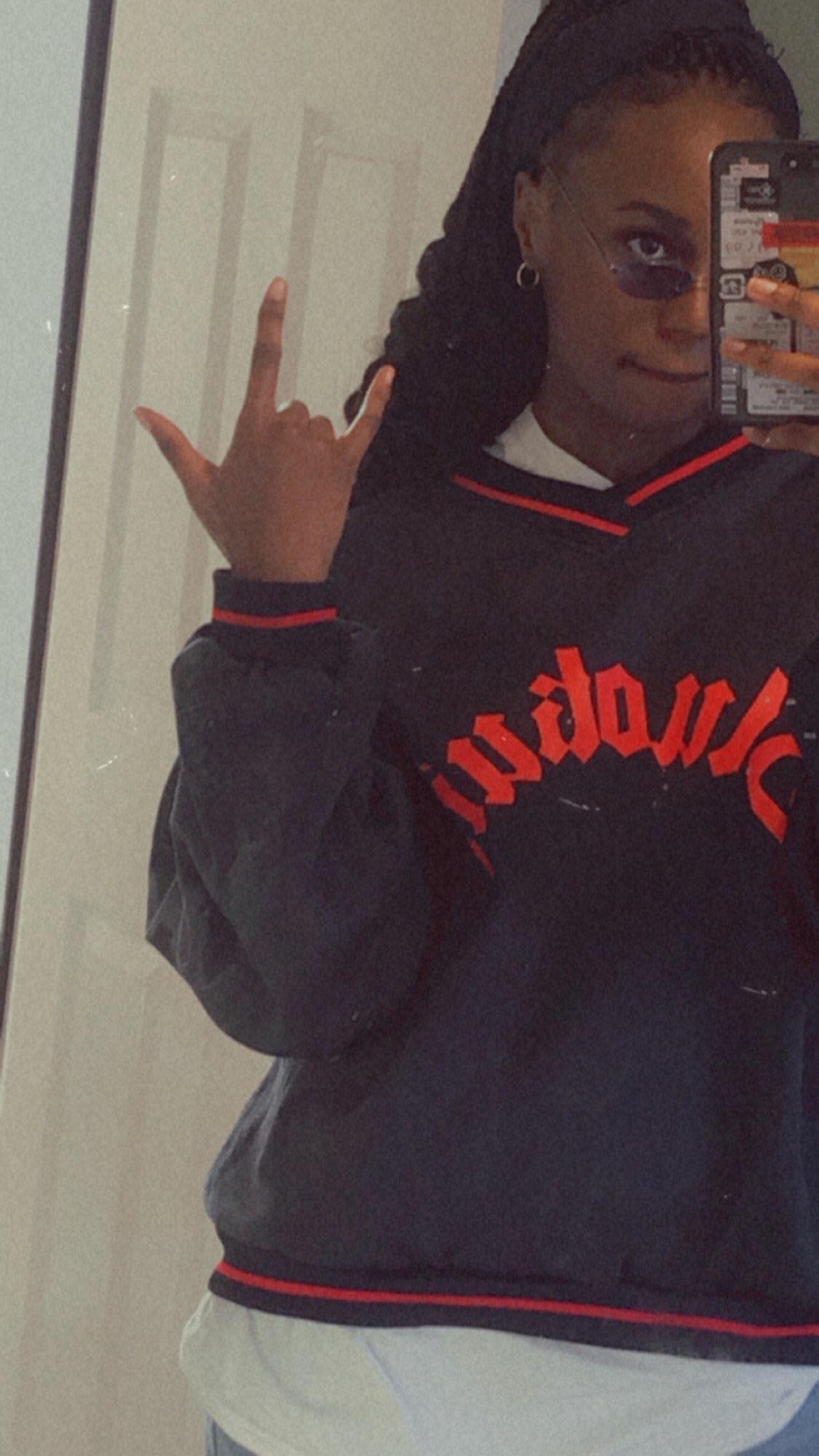 E-boy E-girl Punk Gothic Harajuku V-neck sweatshirt photo review