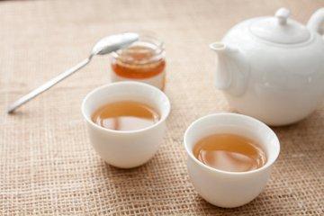 白茶和乌龙茶的区别 茶的种类有哪些-养生法典