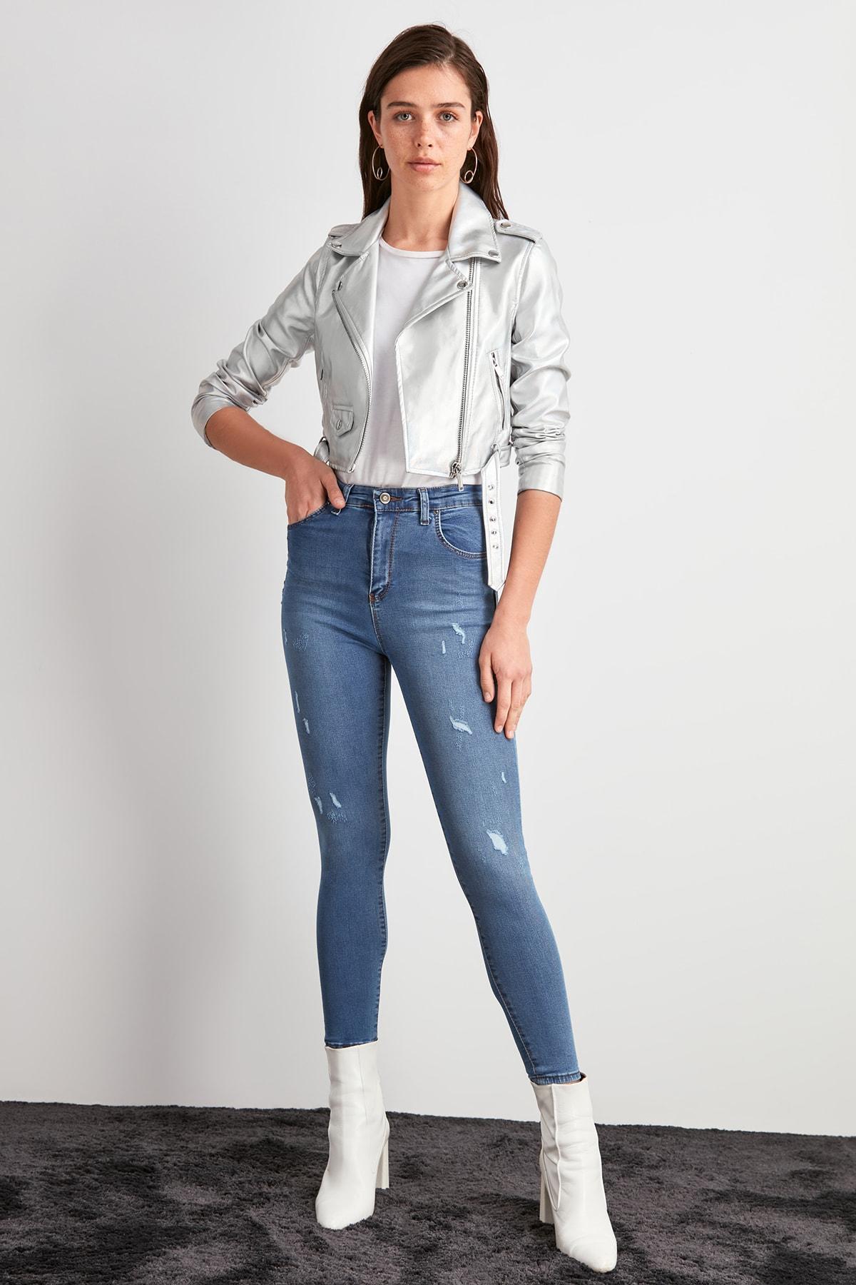 Trendyol Yırtıklı High Waist Skinny Jeans TWOAW20JE0488