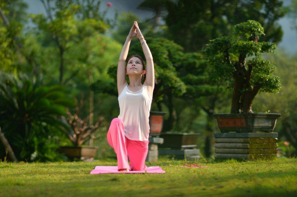 瑜珈基本动作有哪些 瑜伽入门教程-养生法典