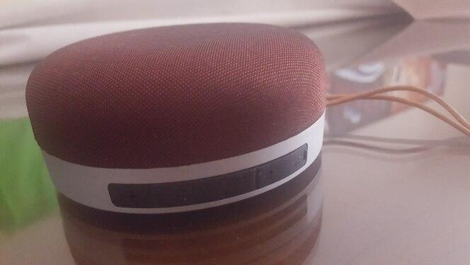 Altavoz portátil de exterior 3D con Bluetooth