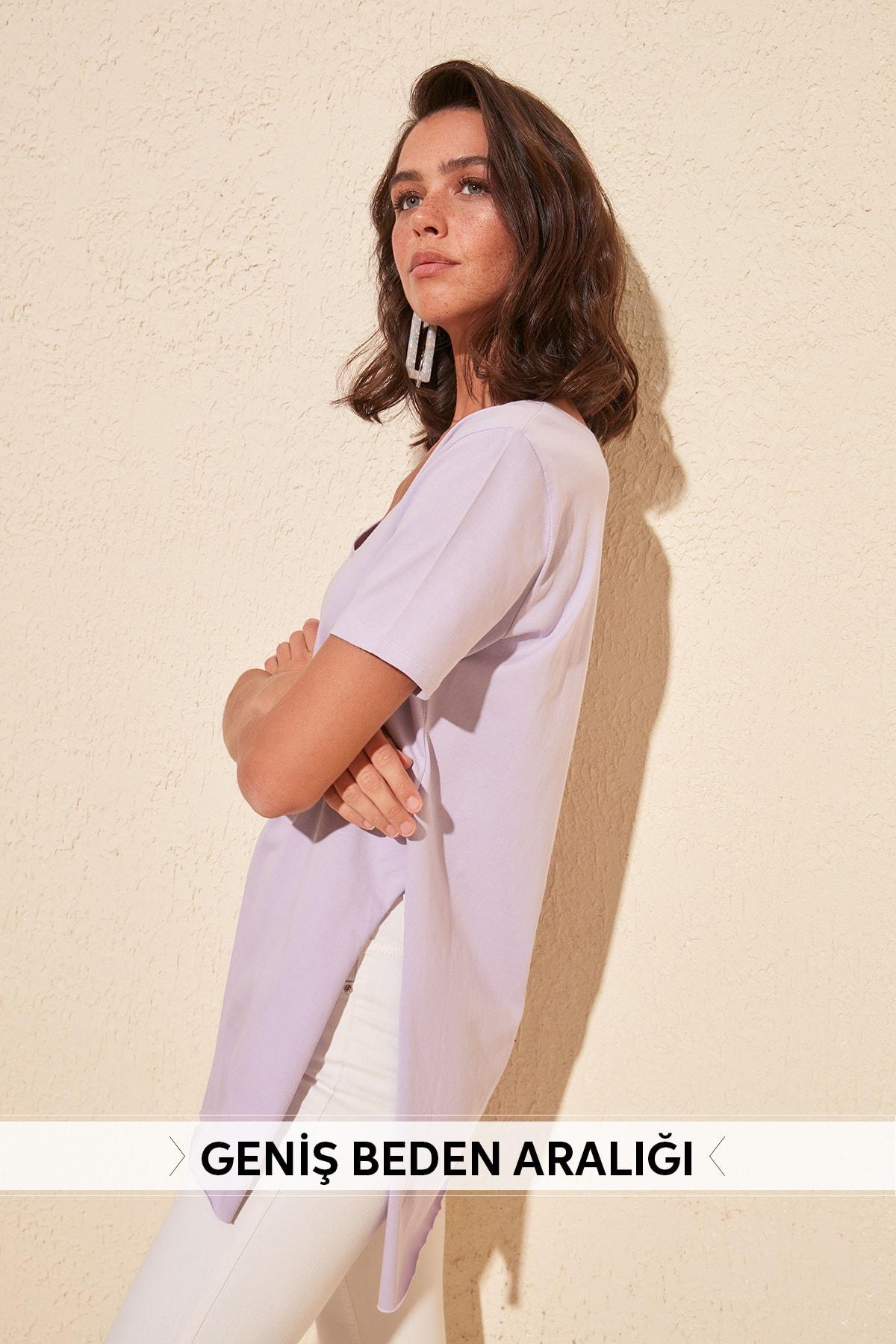 Trendyol V-Neck Asymmetrical Knitted T-Shirt TWOSS20TS0927