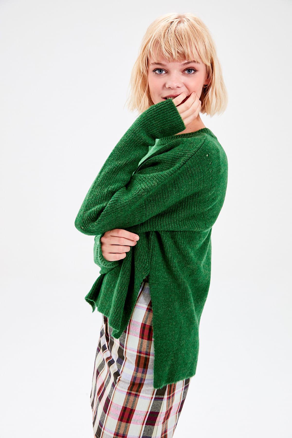 Trendyol Green Bike Collar Sweater Sweater TWOAW20FV0145