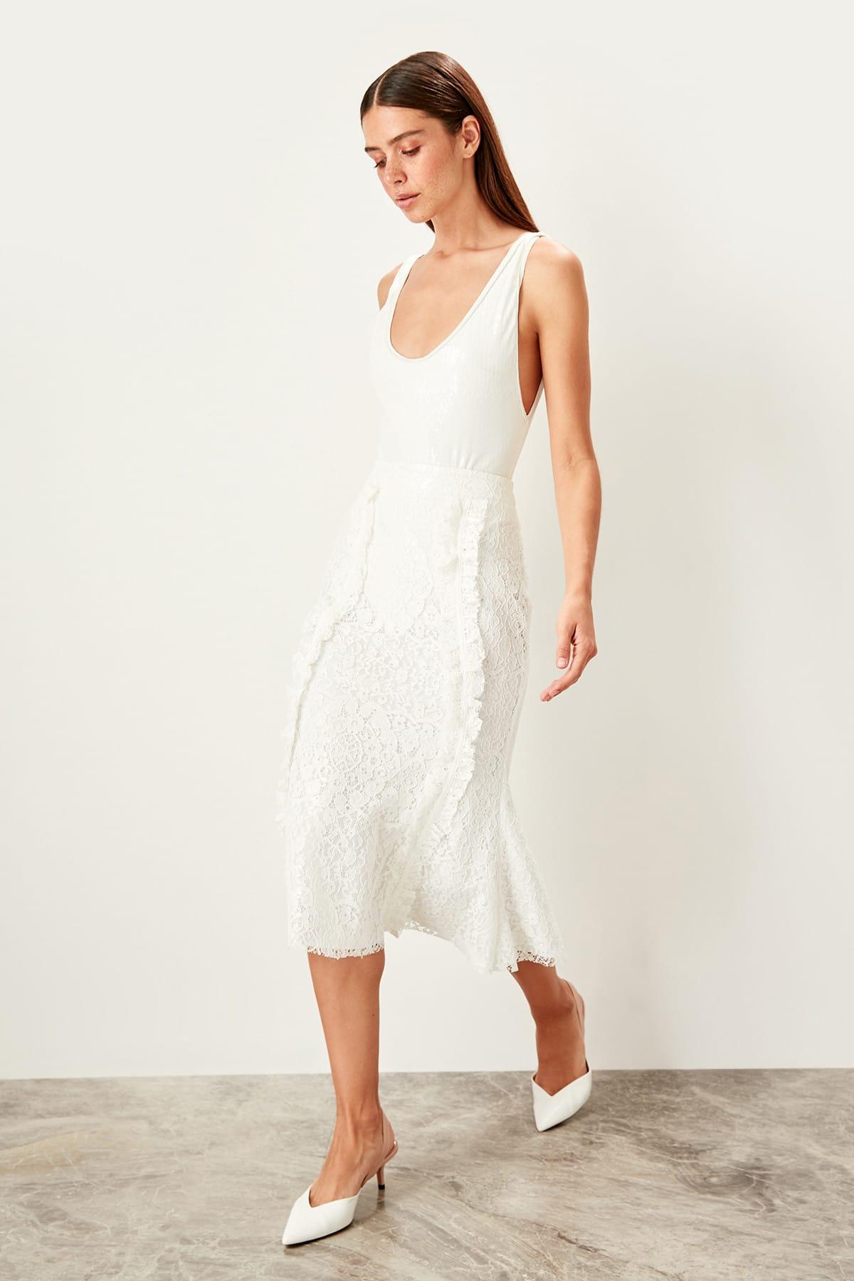 Trendyol Ruffle Lace Skirt TPRSS19FZ0155