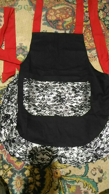 Ruffle Patterned Lace Apron photo review