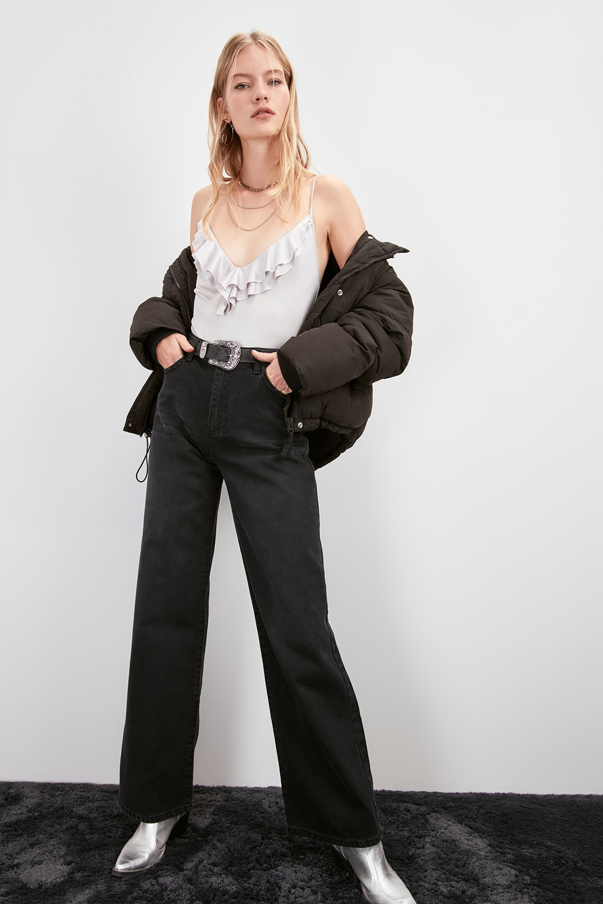 Trendyol High Bel Wide Leg Jeans TWOAW20JE0271