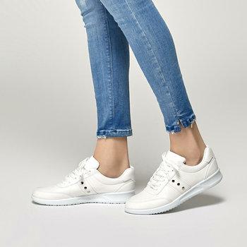 FLO 91 313388 Z białe damskie buty sportowe Polaris tanie i dobre opinie Trzciny
