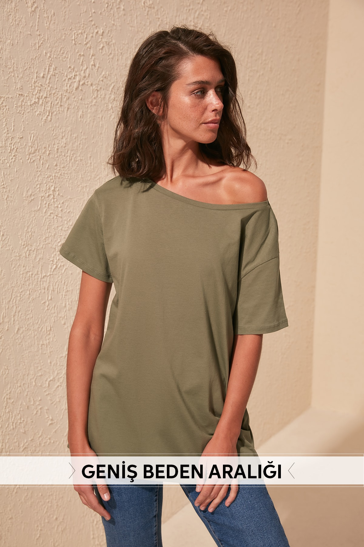 Trendyol 100 Cotton Boat Neckline Boyfriend Knitted T-Shirt TWOSS20TS0140