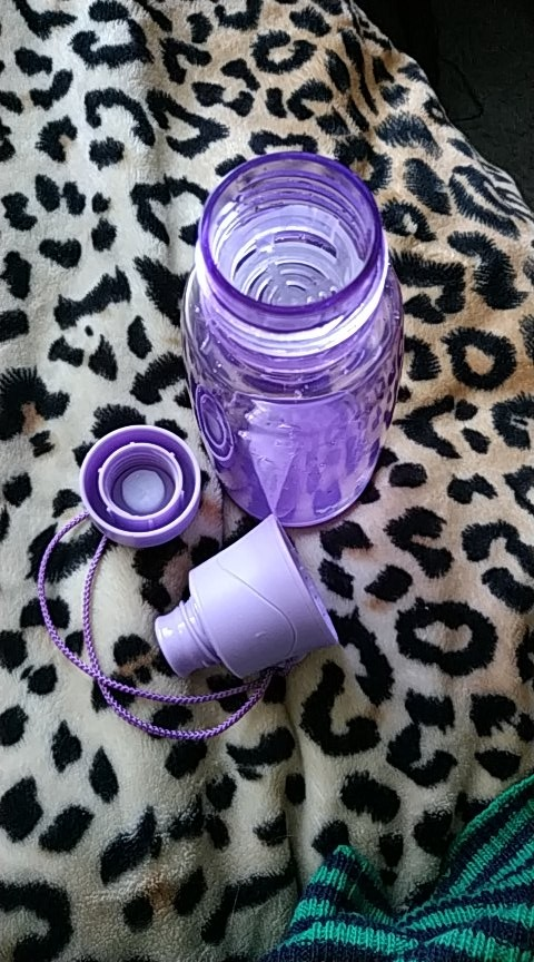 4 Color Yaqi Sport Water Bottle Food grade Plastic Drinkware protein shaker Camping Hiking Bottle 300ml 420ml 520ml BPA free-in Water Bottles from Home & Garden on AliExpress