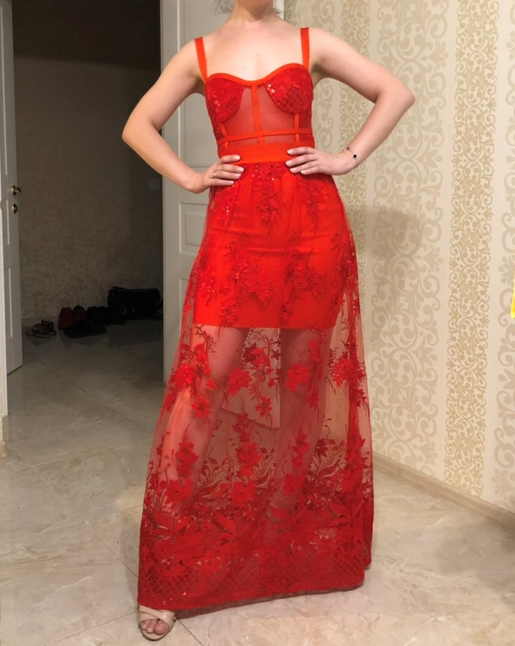 Celebrity High Quality Red Lace Sleeveless Hollow Out Long Rayon Bandage Dress Evening Party Elegant Dress photo review