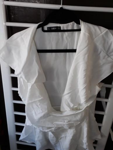 Abaya Elegant White Deep V Neck Ruffle Trim Wrap Knotted Blouse Sexy Top Women Sleeveless Peplum Summer Boho Blouses photo review