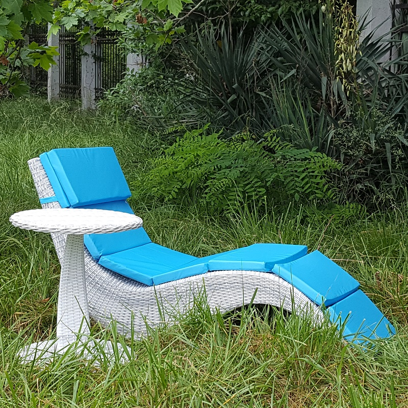 Chaise Lounge Faux Rattan Wave, Color-white-gray