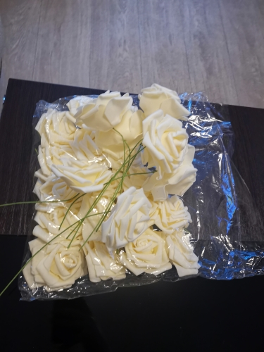 Set of 25 Artificial Foam Roses photo review