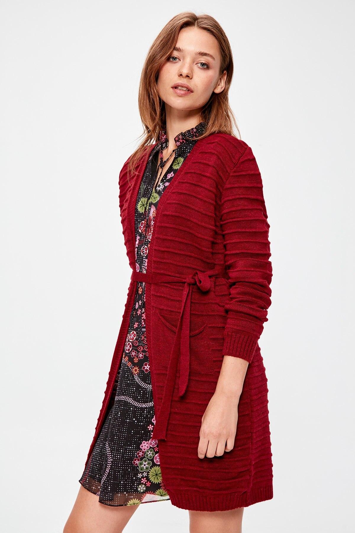 Trendyol Burgundy Sweater Cardigan TWOAW20HI0125