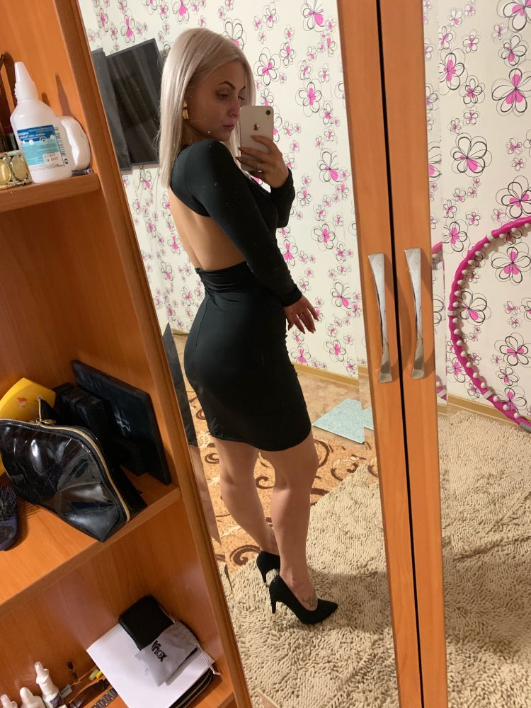 Deep V Neck Backless Skinny Sexy Bodycon Dresses Women Long Sleeve Mini Party Club Autumn Winter Dresses Red Black photo review