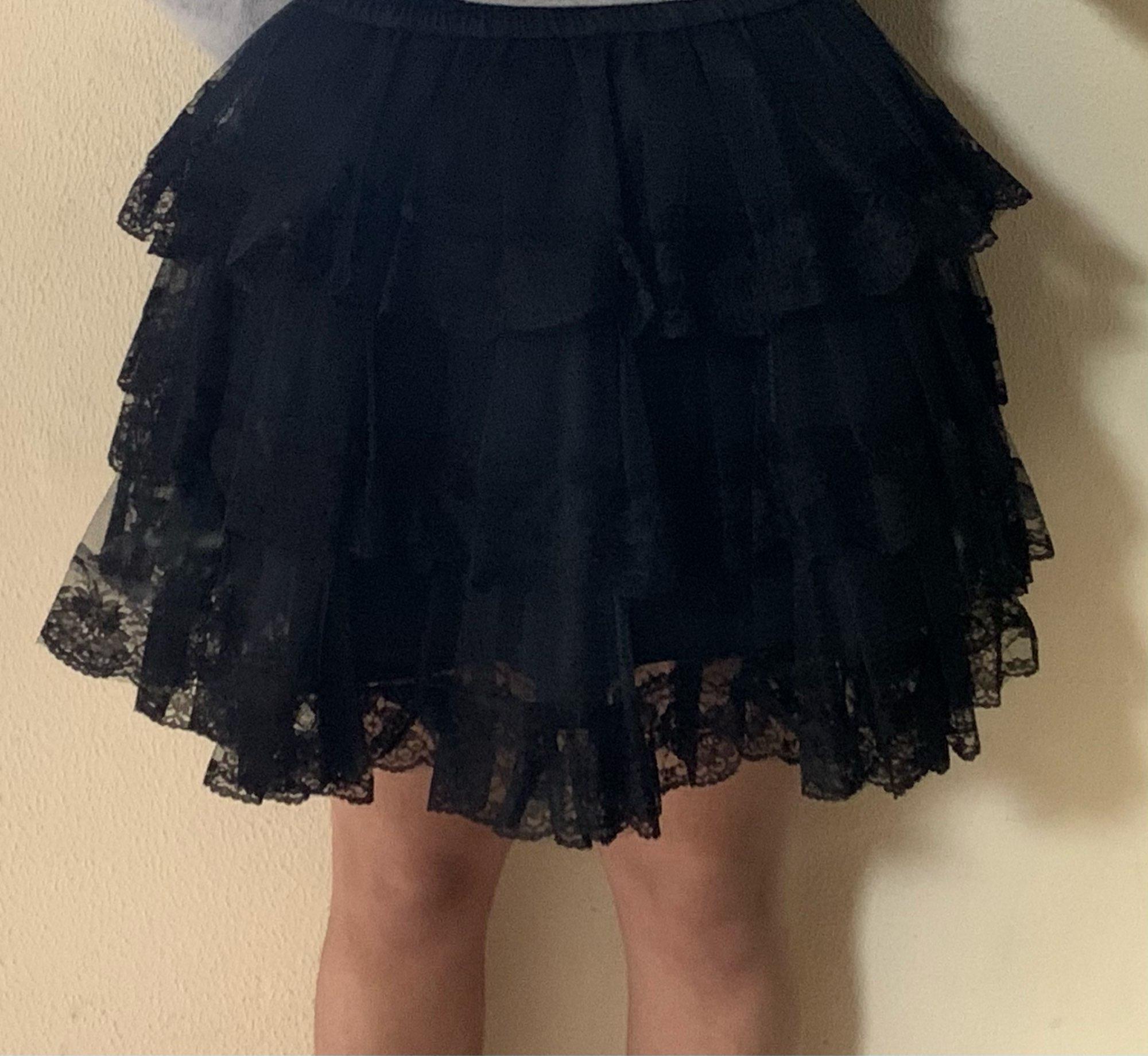 White/Black Lace Petticoat/Tutu Skirt photo review