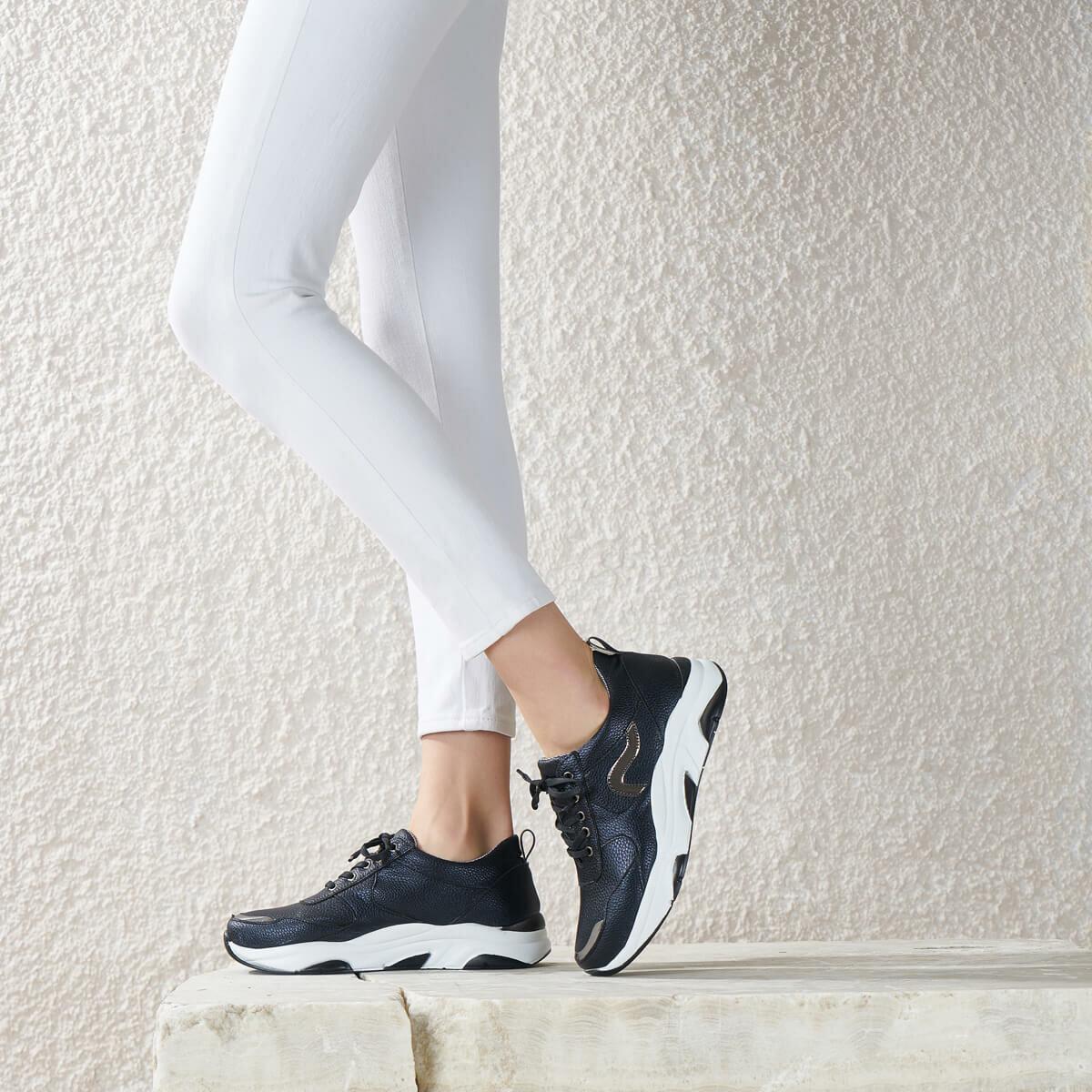 FLO ALIN85Z SKIN Black Women Shoes BUTIGO