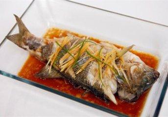 怎么做鱼能让鱼不粘锅 不粘锅的鱼怎么做-养生法典