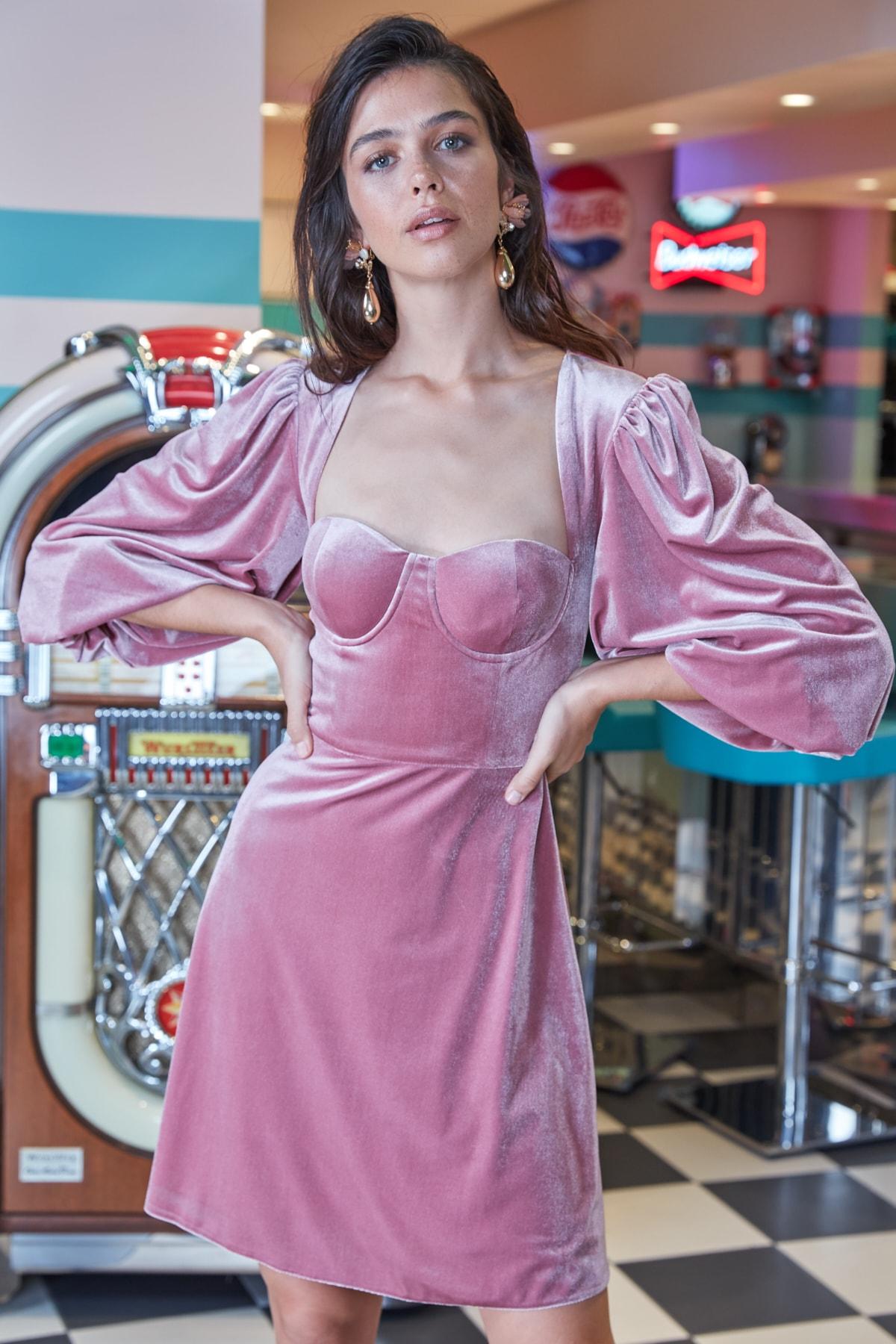 Trendyol Collar Detail Dress TPRAW20EL1581