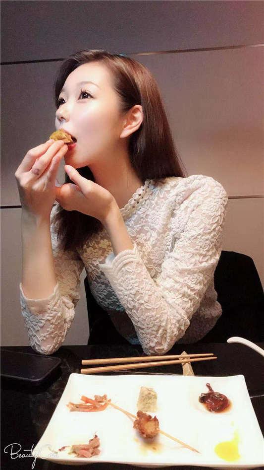 大鸟十八玲酱作品259luxu-650 高梨遥香26歳国际线CA[1V/3.47G]