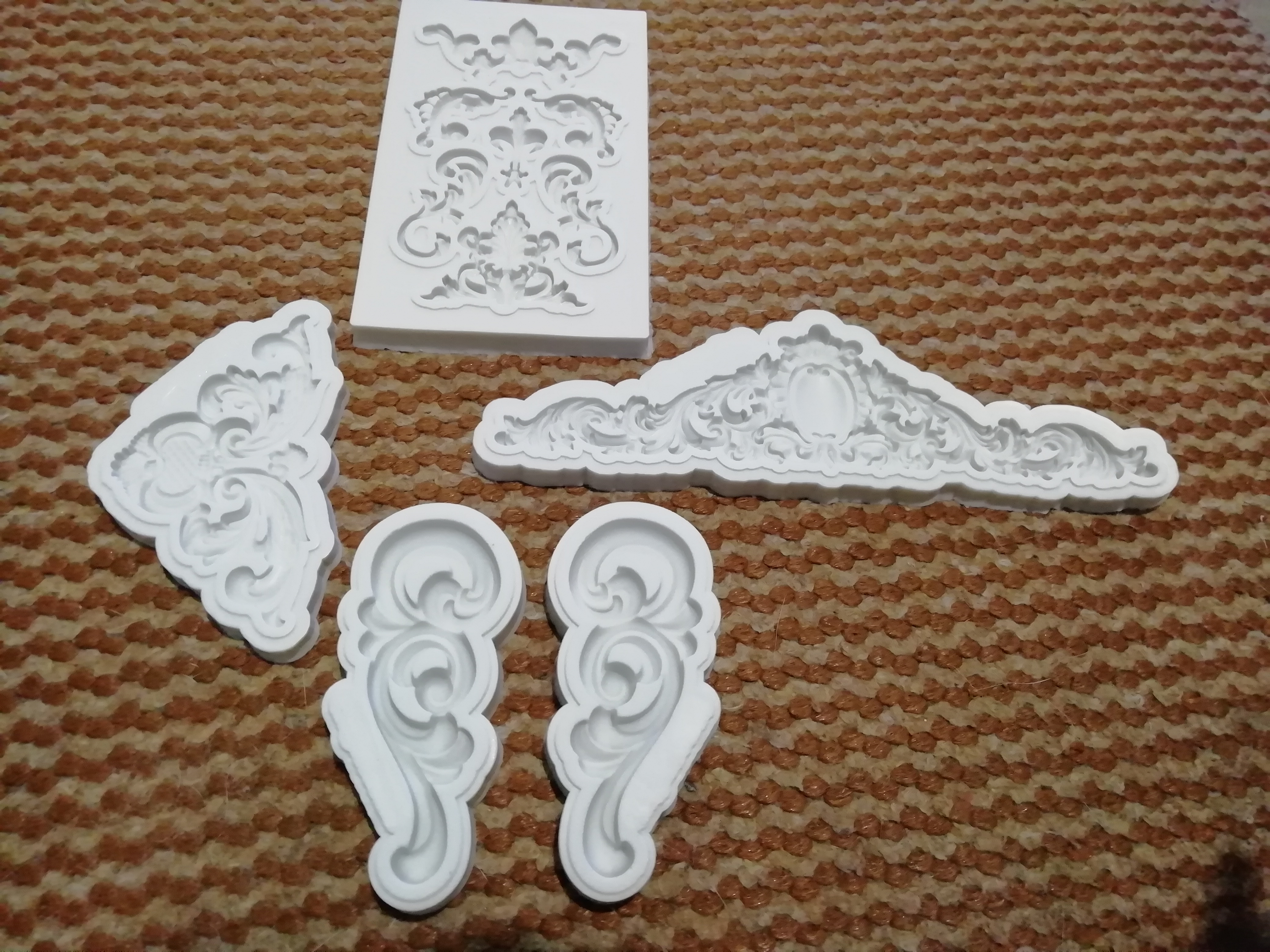 Ornament Ceiling Silicone Mold Cake Decorating photo review
