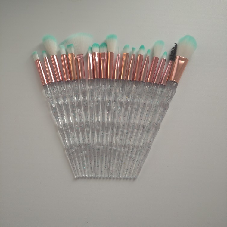 20Pcs Eyelash Makeup Brushes Set photo review