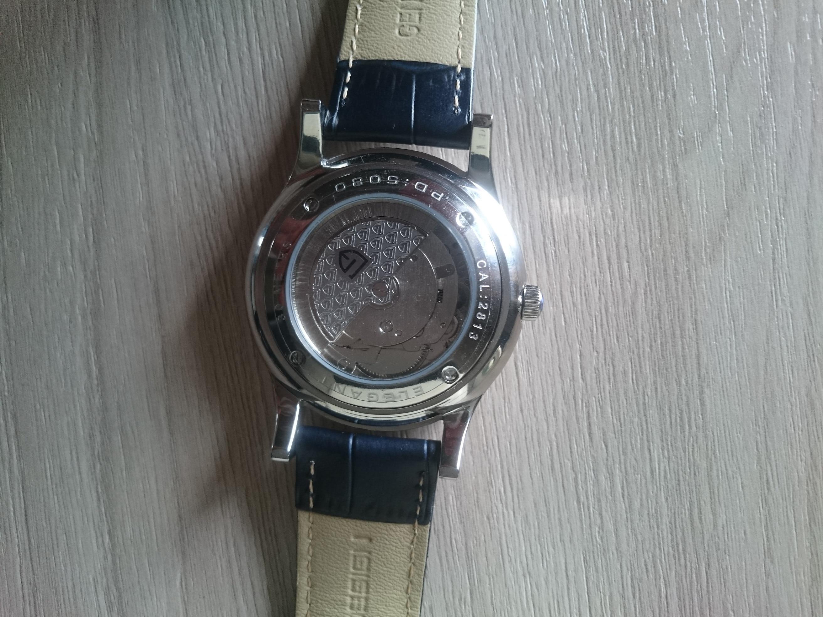 -- Relógio Pagani Design