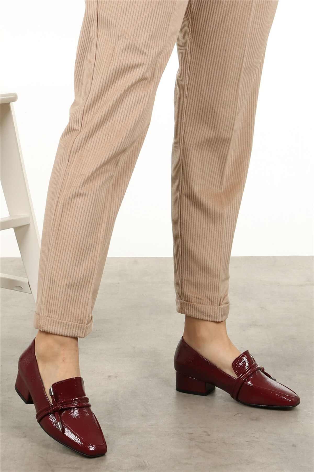 קתרינה Claret אדום, שחור, בז 'מעוור קצר העקב נשים נעלי עור בטלן נעלי 2020 חדש אופנה משרד למעלה מקרית