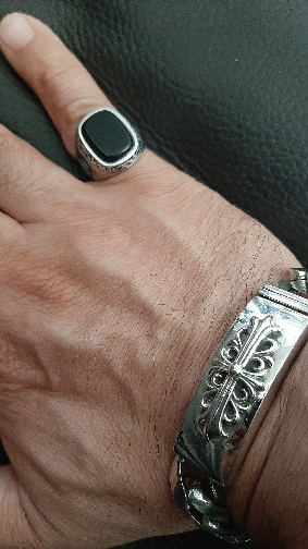 Chevalière homme en argent et pierre noire