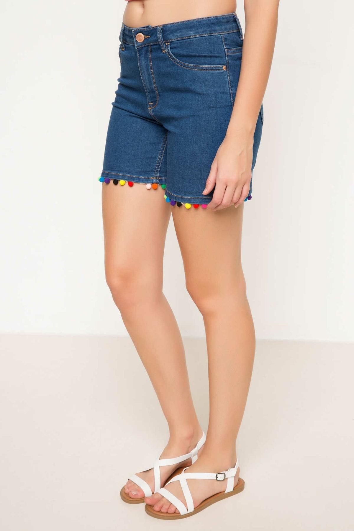 DeFacto Fashion Women Blue High Waist Slim Short Female Casual Simple Short Simple Hole Button Bottoms New - H8463AZ17HS