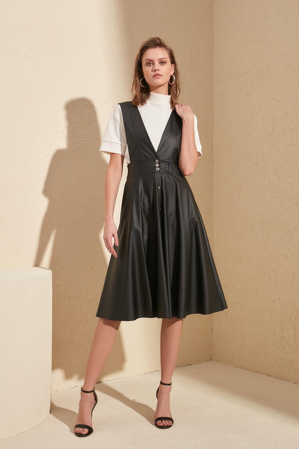 Trendyol Leather Looking Gilet Dress TWOSS20EL1330